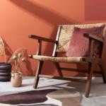 Materiál i barva - terakota je zase na vzestupu. A právem